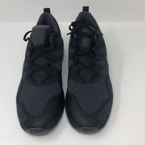 Nike Men's Air Max Fury Sneaker